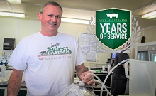 Dave Winters Celebrates 25 Years As Iowa Select Farms Employee