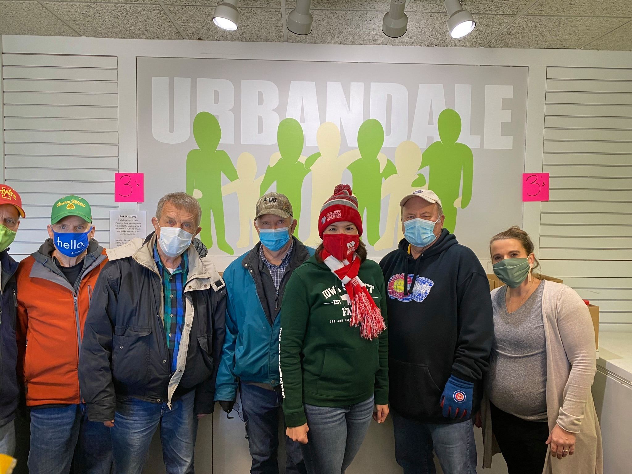 Ubandale Food Pantry Helpers