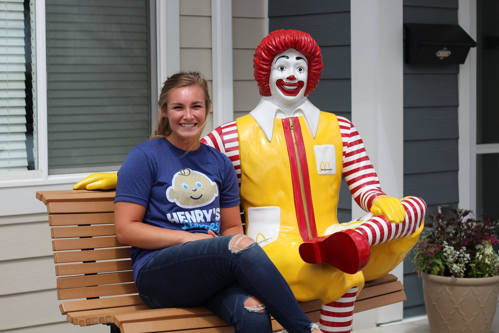 Lexie making friends with Ronald