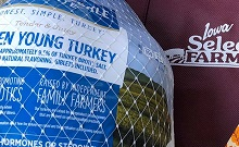 Jeff and Deb Hansen Gifted 1,500 Turkeys